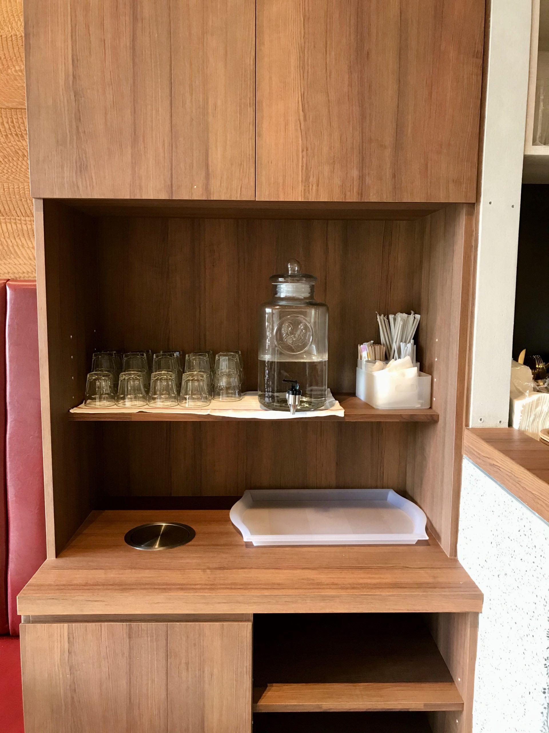 四桶咖啡自助茶水櫃